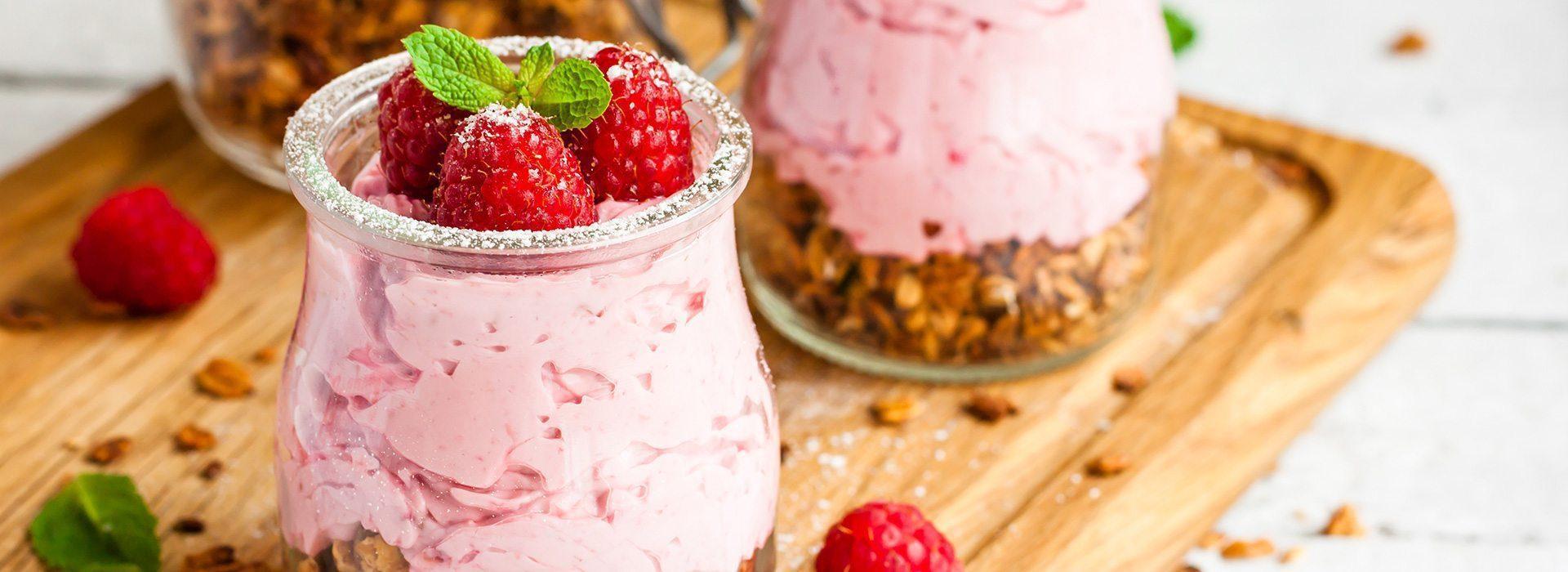 Verrine à la fraise et au granola - Recette Berthelet